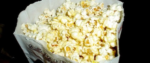 Korean movie popcorn curries favor with exotic flavors (Curry popcorn?)