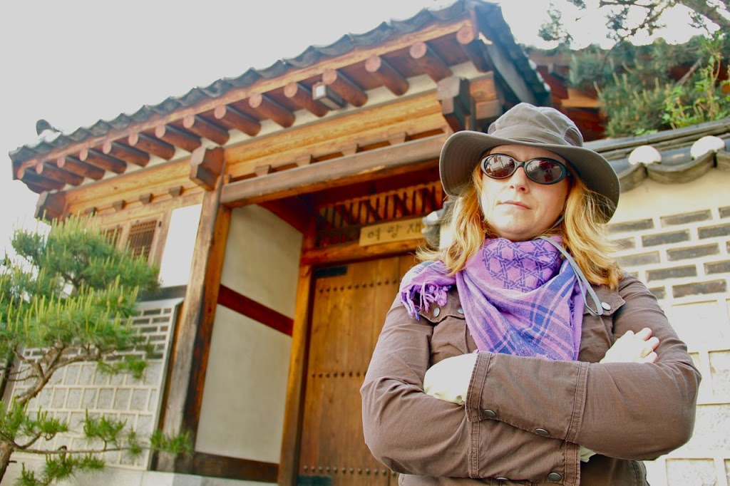 "Tammy at Yeorangche, the outside set for Sanggojae in the drama ""Personal Taste."""